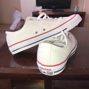 Men's size 10 white converse